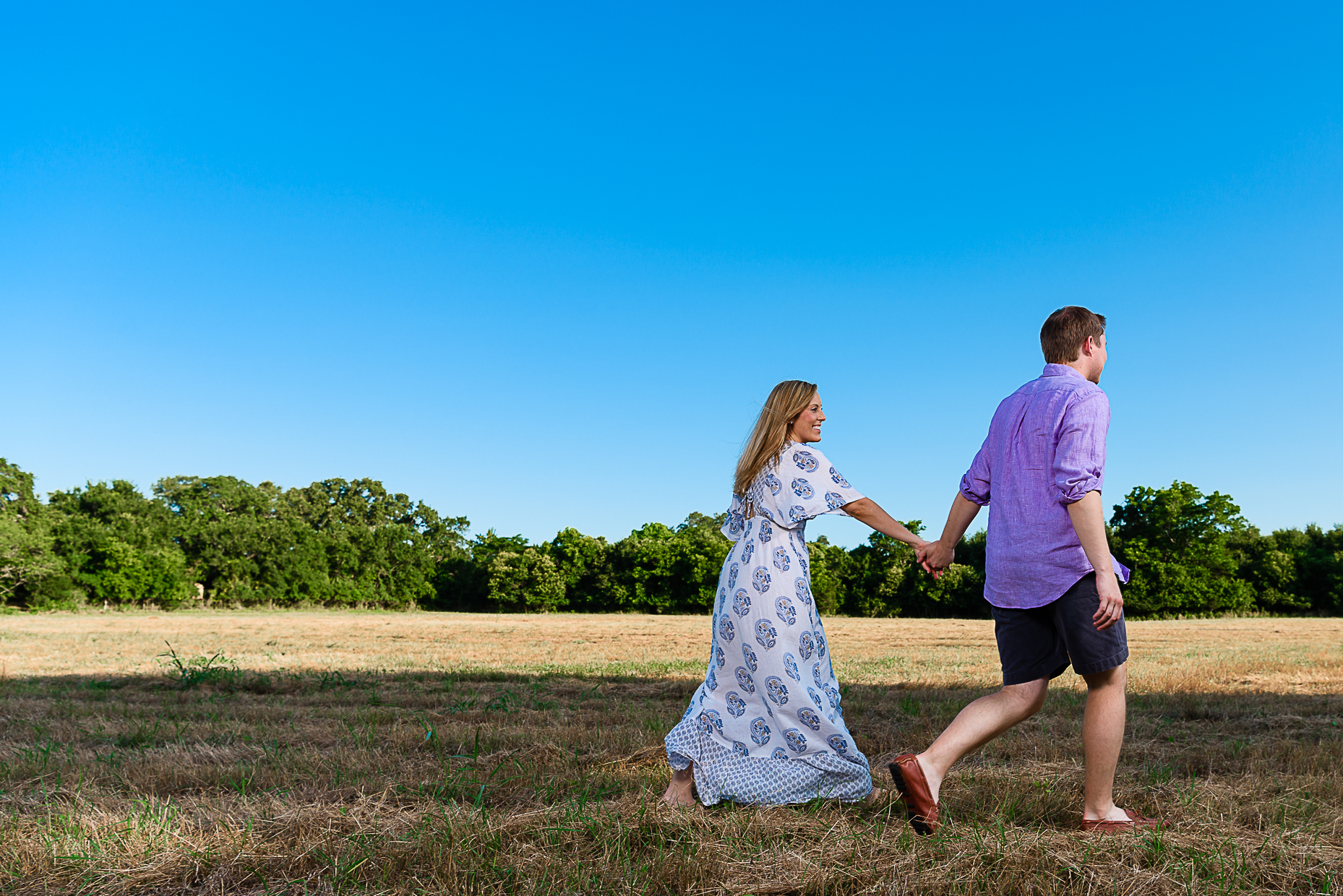 Engagement-session-Weddings-photographer-outdoor-austin