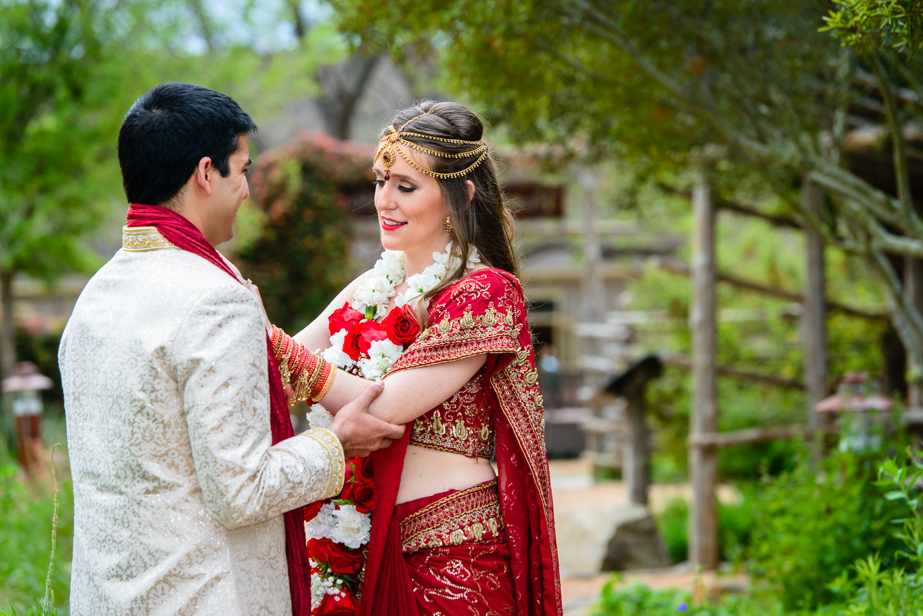 Austin-Wedding-Photographer-Lost-Pines-Hyatt-indian-hindu