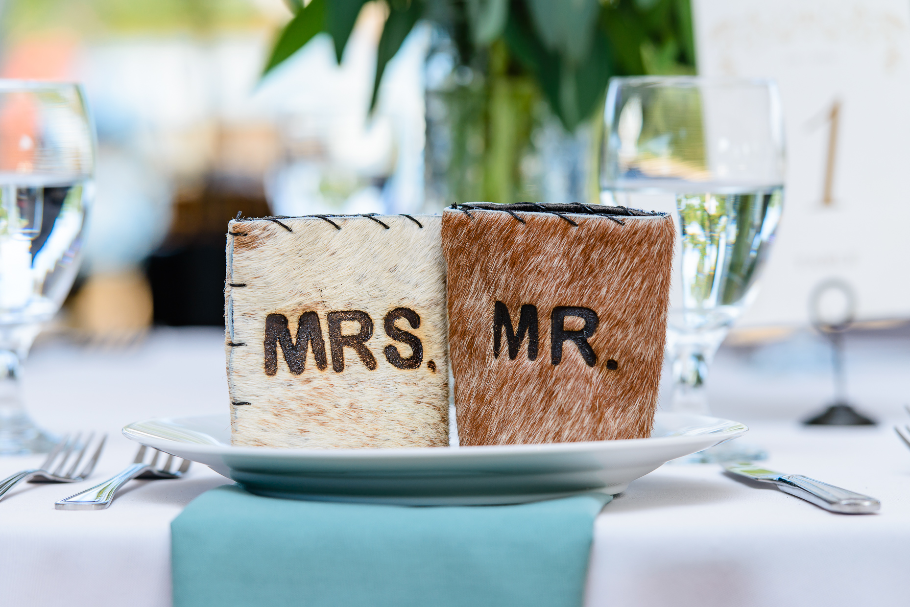 austin-wedding-photographers-koozies-mr-mrs-fur