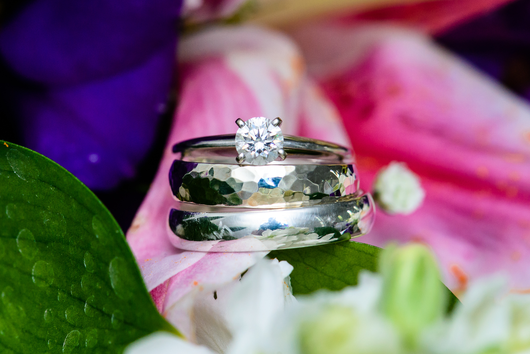 tropical-flowers-diamond-ring-bands-austin-wedding-photographers