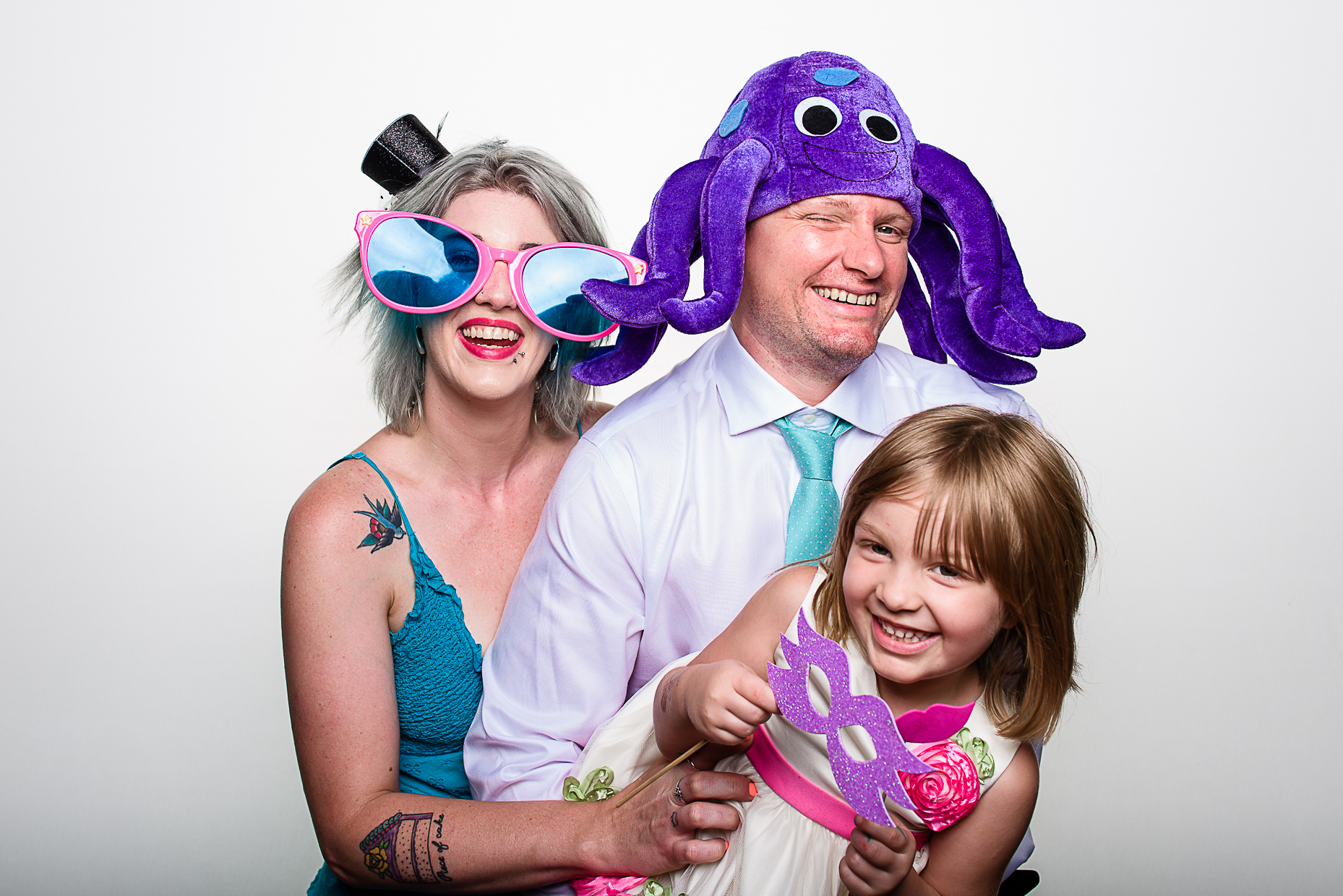 Austin-Wedding-Photographer-Photobooth-Family-Fun-Glasses-Mask