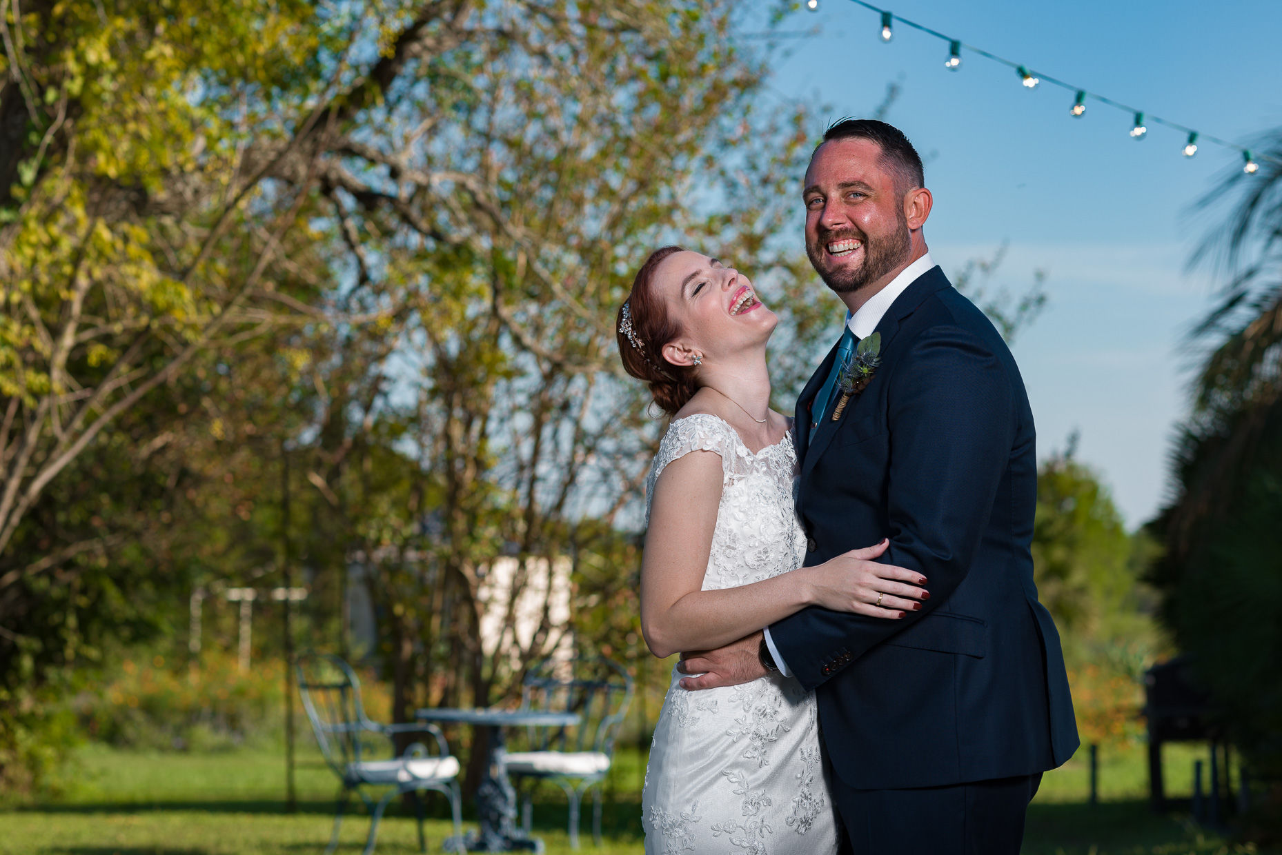 Austin-Wedding-Photographer-first-look-portrait-outdoor-le-san-michele
