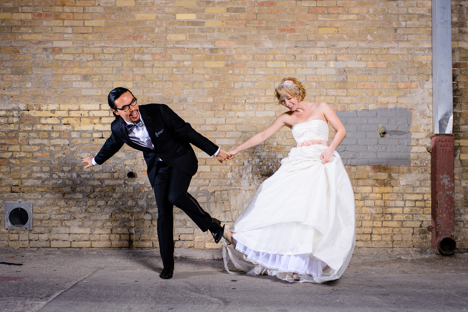 Austin-Wedding-Photographer-fun-creative-portrait-downtown