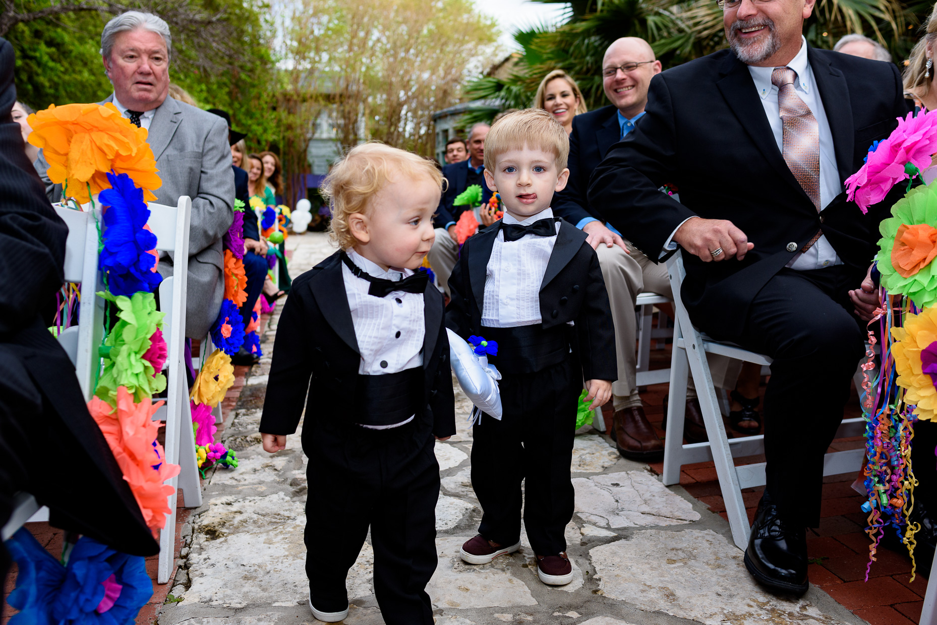 Austin-Wedding-Photographer-kids-ceremony-aisle-cute-san-antonio-zaza-gardens