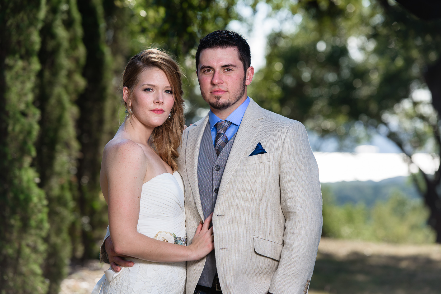 Hacienda-del-lago-portrait-fall-wedding-austin-photographer