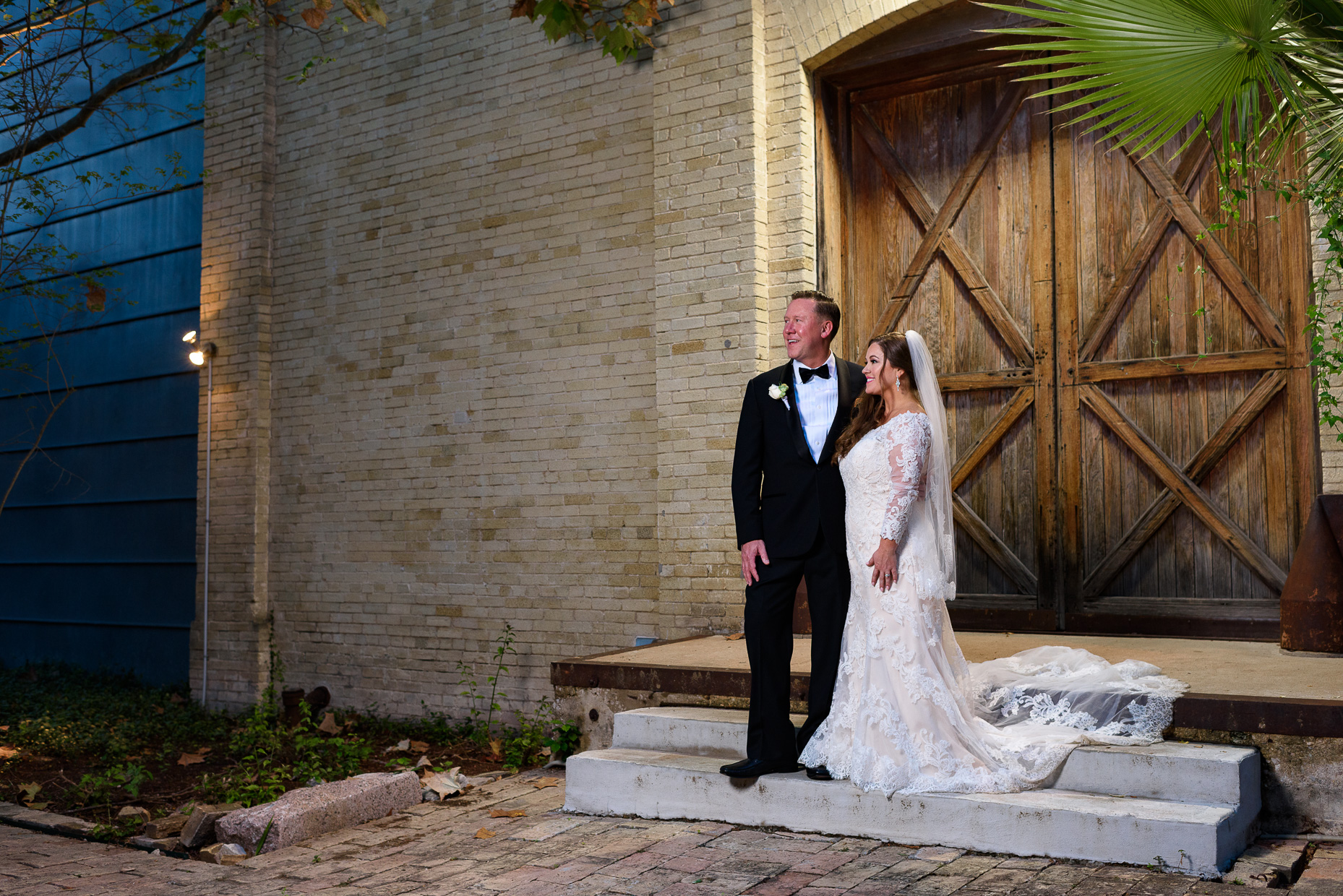 Austin-Wedding-Photographer-portrait-bride-groom-zaza-san-antonio