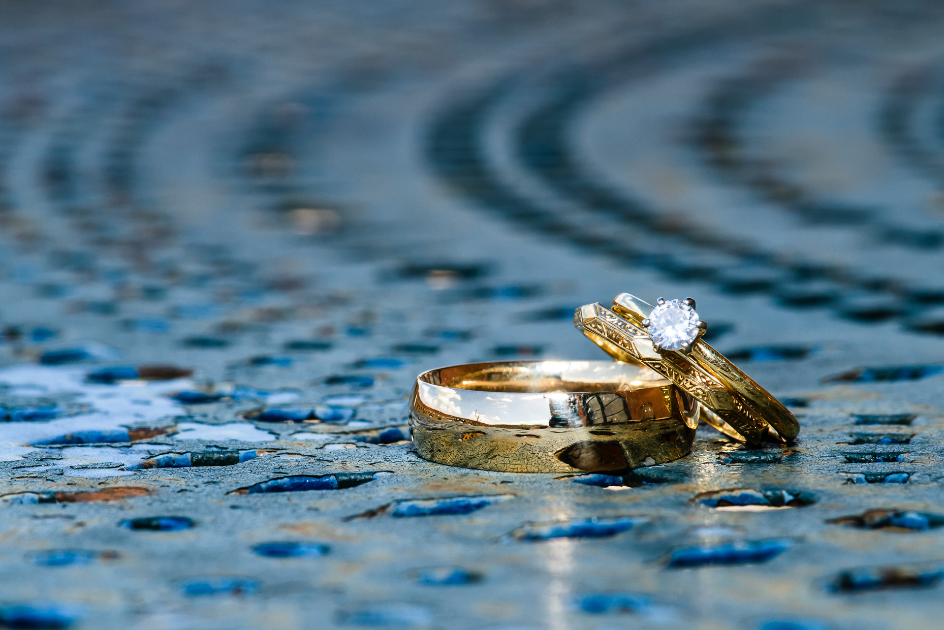 Austin-Wedding-Photographer-rustic-ring-gold-diamond