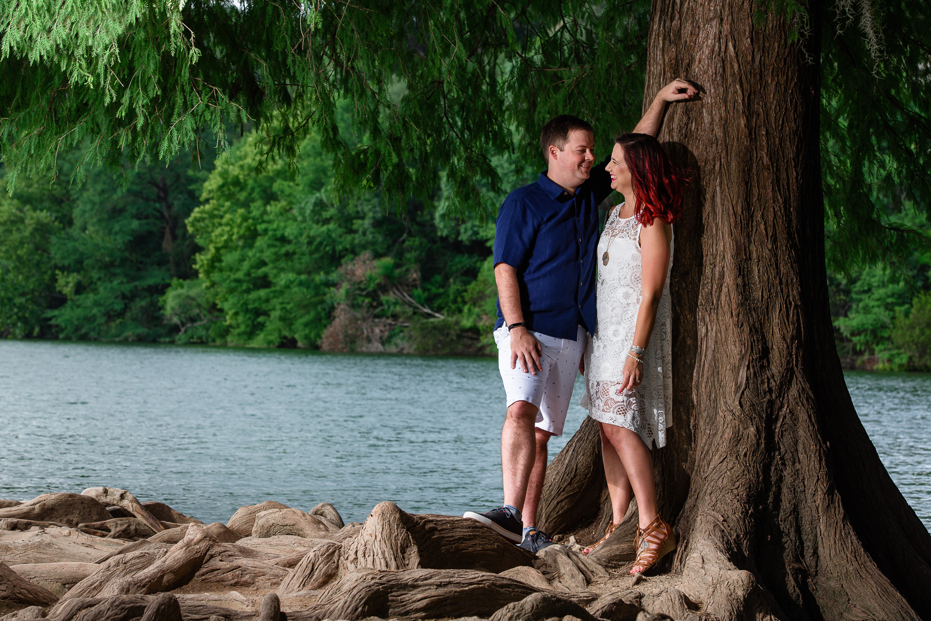 Austin-Wedding-Photographers-red-bud-isle-dog-park-engagement-session-lake