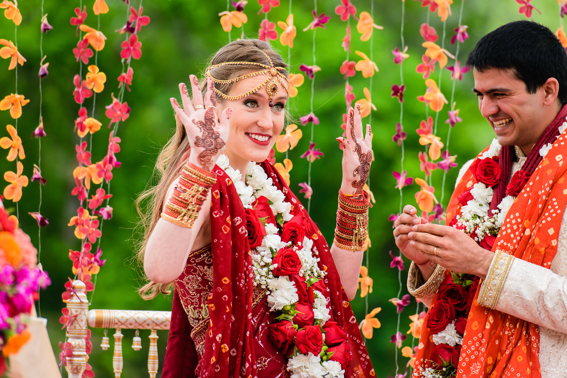 Austin-indian-Wedding-Photographer-Lost-Pines-ceremony-mehndi-hindu