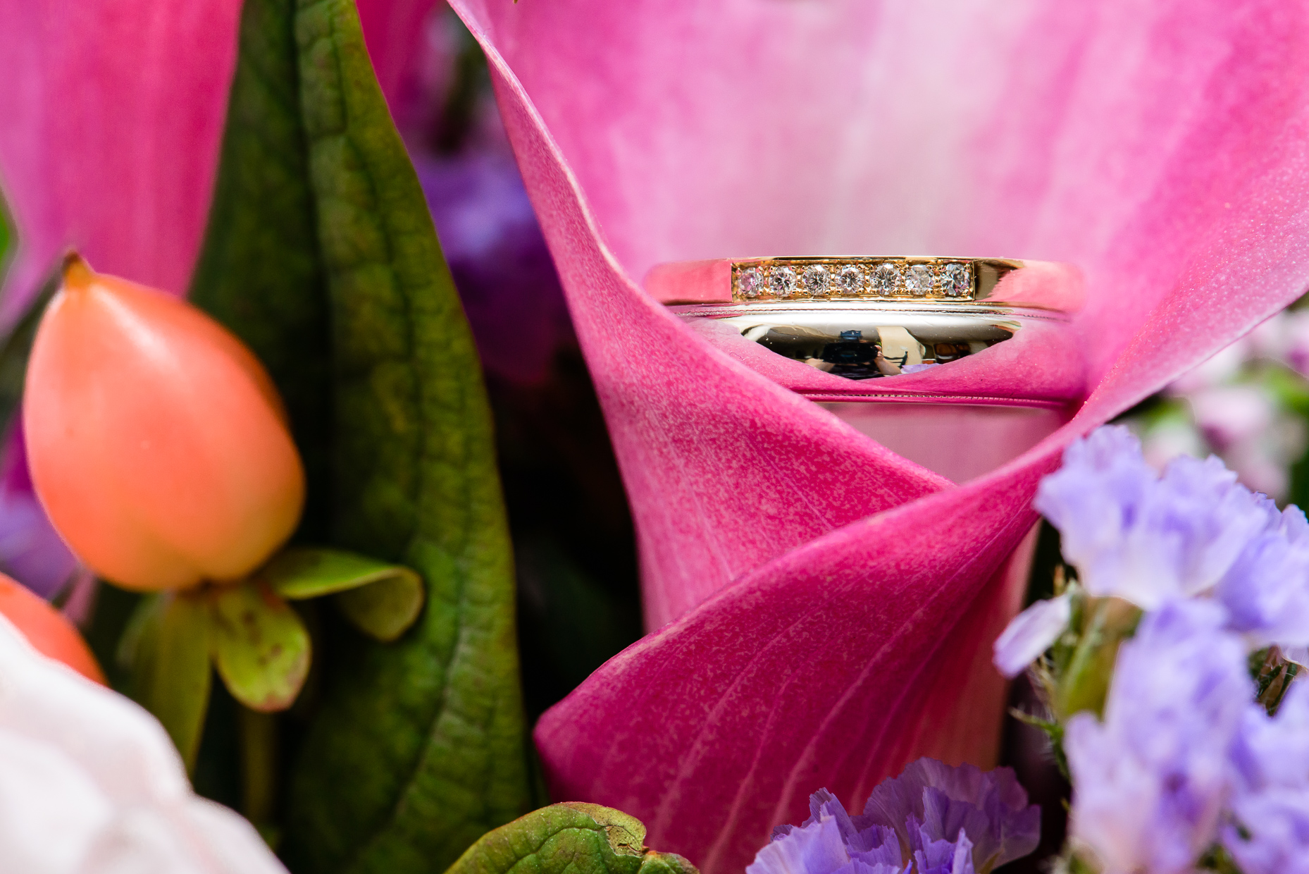 Austin-wedding-photographer-ring-bands-diamond-tulip