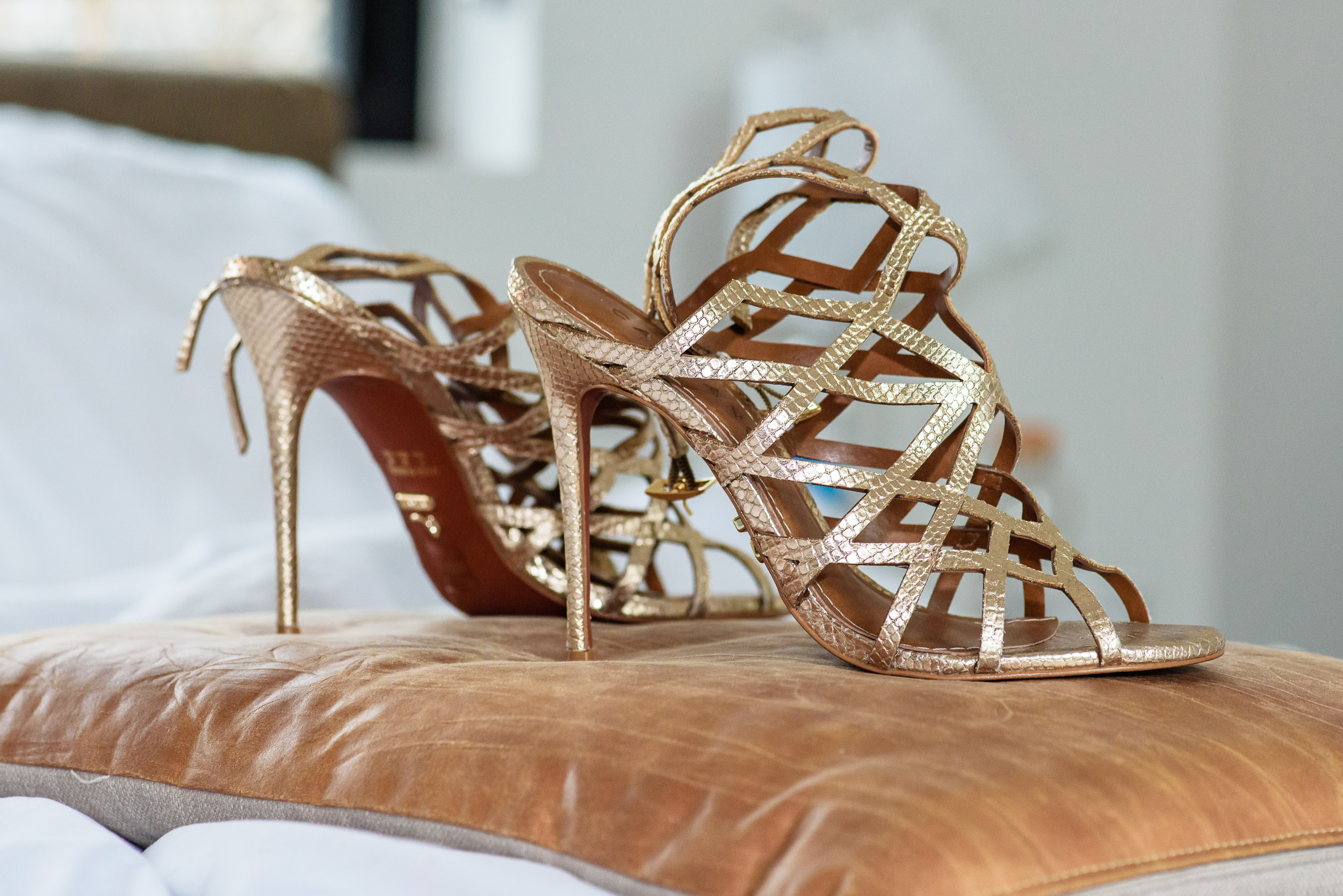 Austin-wedding-photographers-bride-shoes-gold-leather-strappy-heels