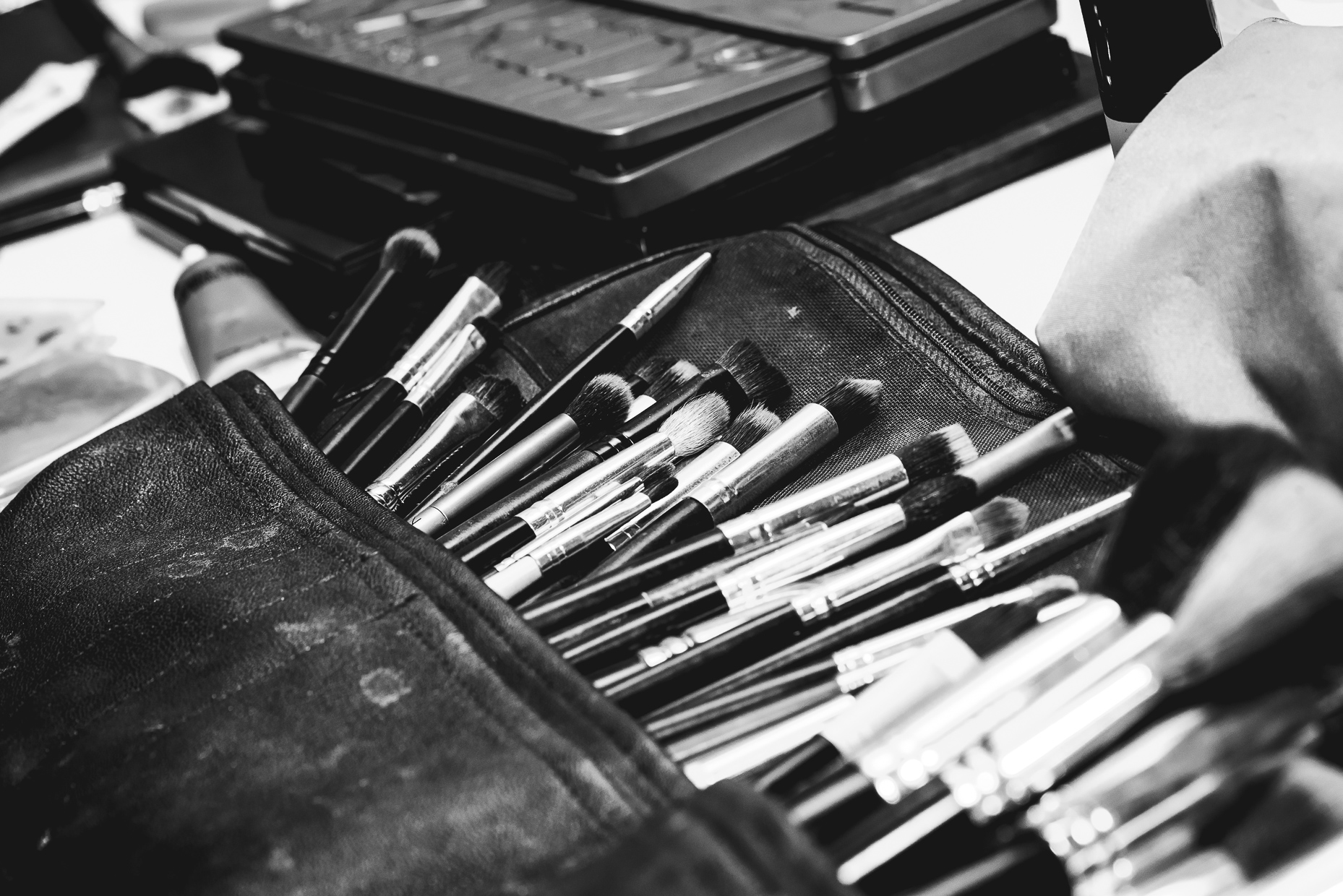 austin-wedding-photographer-makeup-brushes-cosmetics