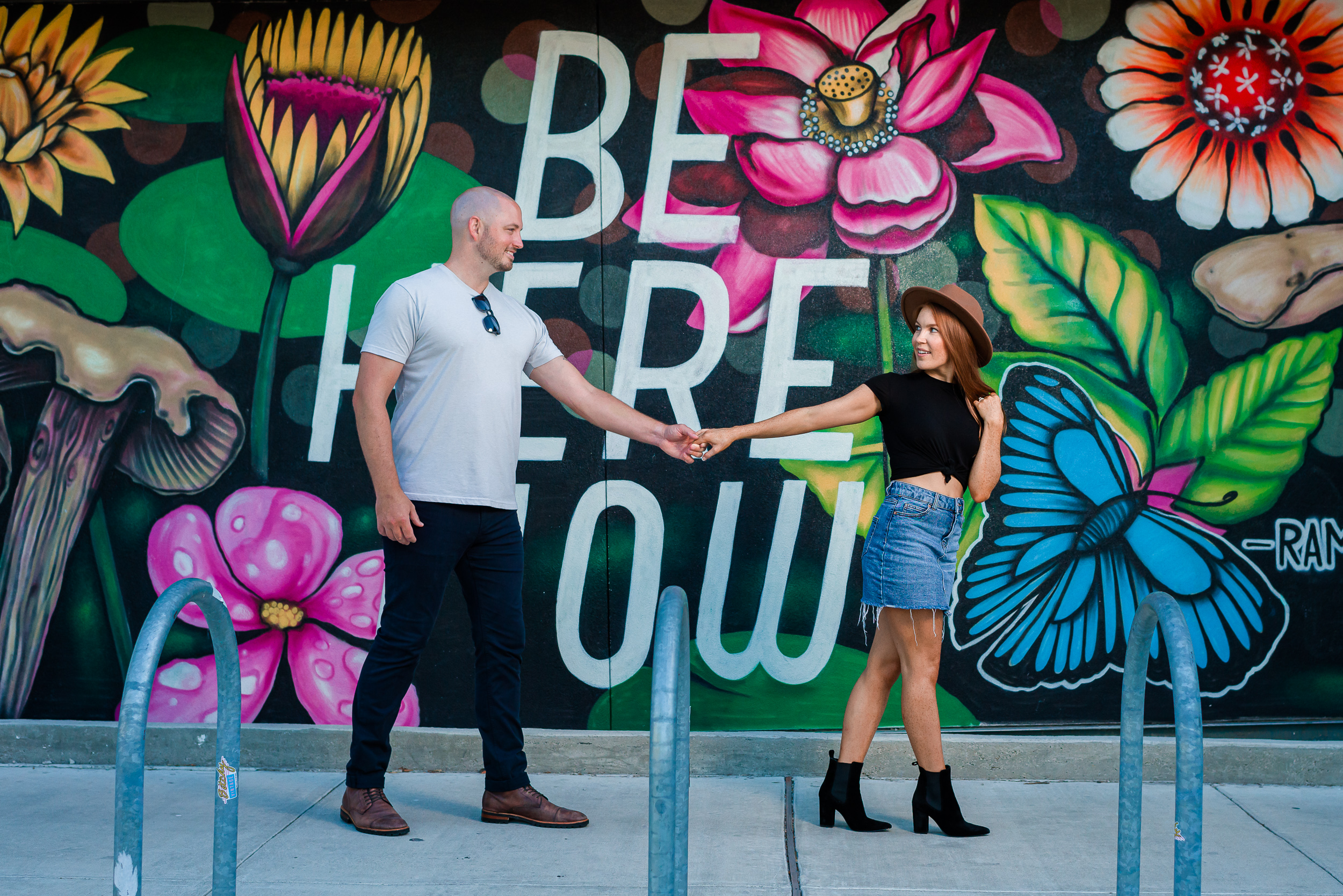Be-Here-Now-mural-eatherly-colorful-engagement-photgraphers-austin-texas