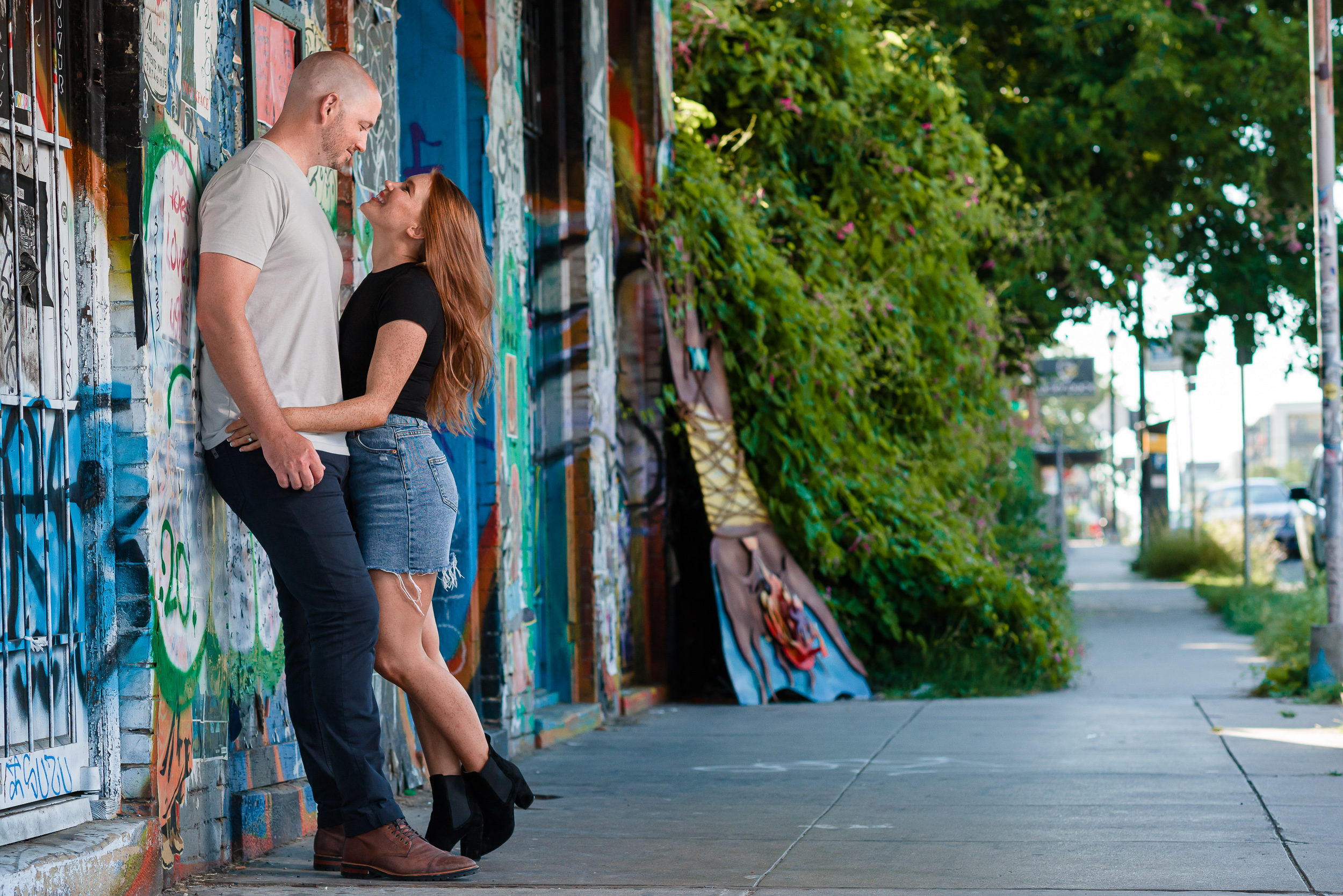 graffiti-engagement-couple-mural-austin-wedding-photographers-texas-colorful